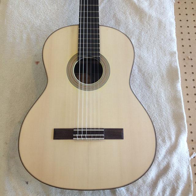 Building A Flamenco Guitar : Wrap it up